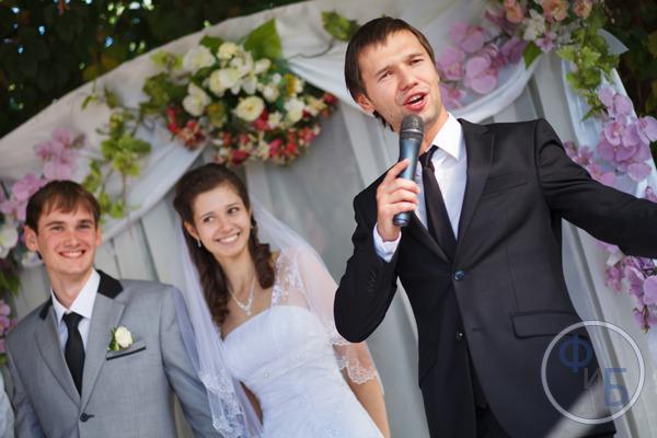 Як заробити на весіллях, корпоративах та інших святах