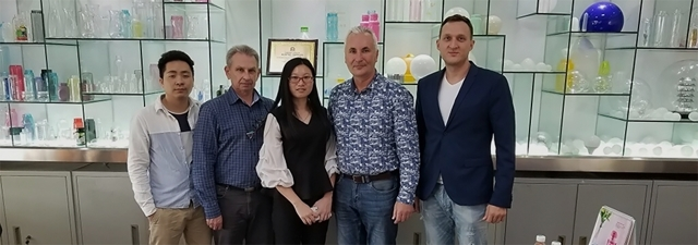 Поїздка в Китай для поиска виробника и постачальника